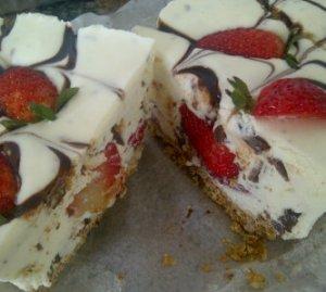 fatima • frost cakes 08063384600(64)